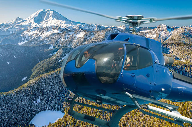 Mount Rainier Helicopter and Hiking Tour Exclusive Combo