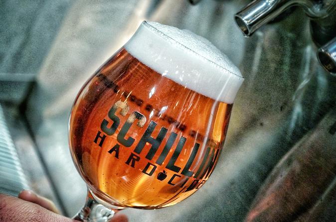 Seattle Hard Cider Tour Including 3 Tasting Flights & Snacks