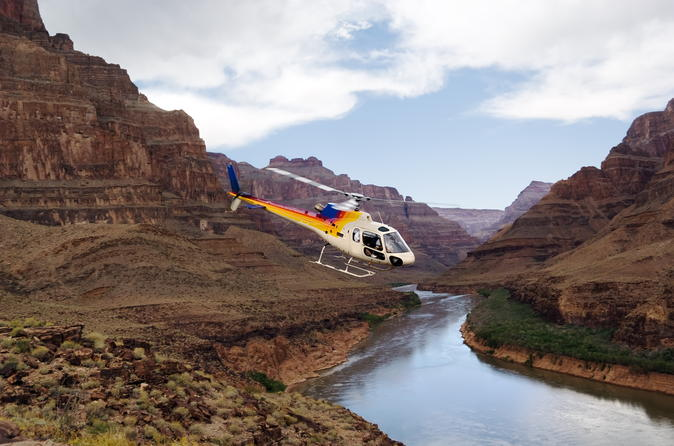 Grand Canyon Helicopter Tour From Las Vegas With VIP Skywalk And Pontoon Boat