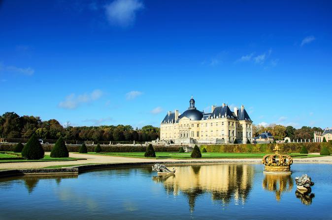 Visite du ch teau de vaux le vicomte avec champagne et transport en voiture de luxe 2018 paris - Visite vaux le vicomte ...