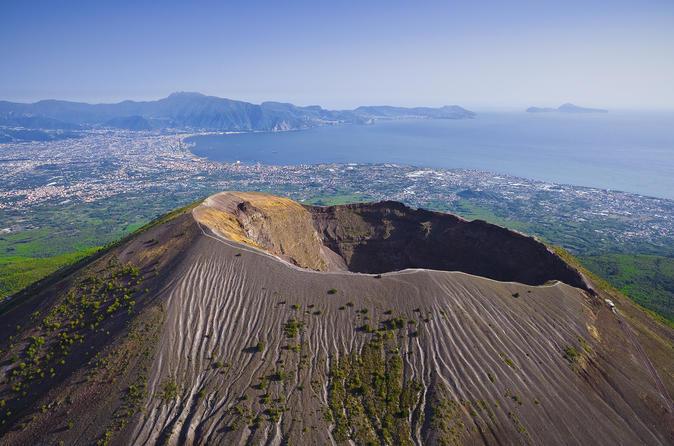 Vesuvius and Pompeii: Shared Tour