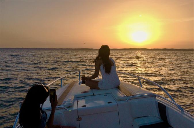 Benagil Cave And Sunset Experience With Portuguese Bubbles On A Fantastic Boat - Portimão