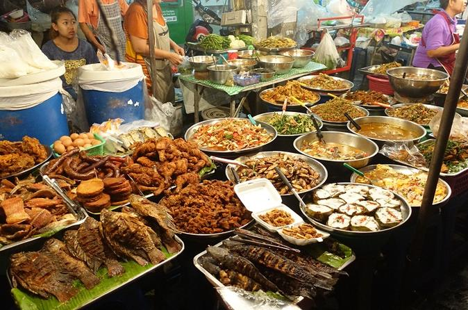 Chiang mai street food small group night tour in chiang mai 271174