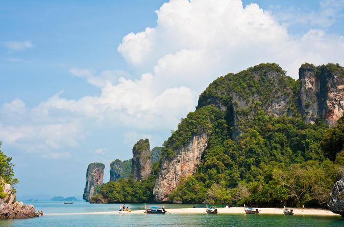 Cruzeiro pela baía de Phang Nga e excursão de canoa saindo de Phuket, incluindo Ilha do James Bond