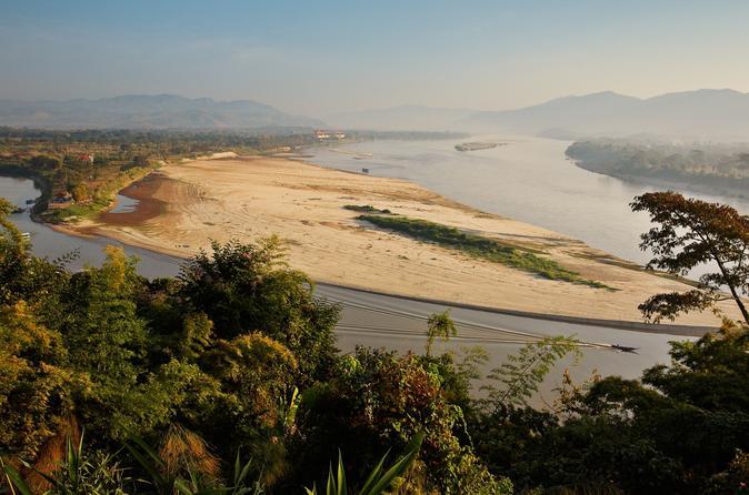 Golden Triangle-Tagesausflug von Chiang Rai mit Bootsfahrt