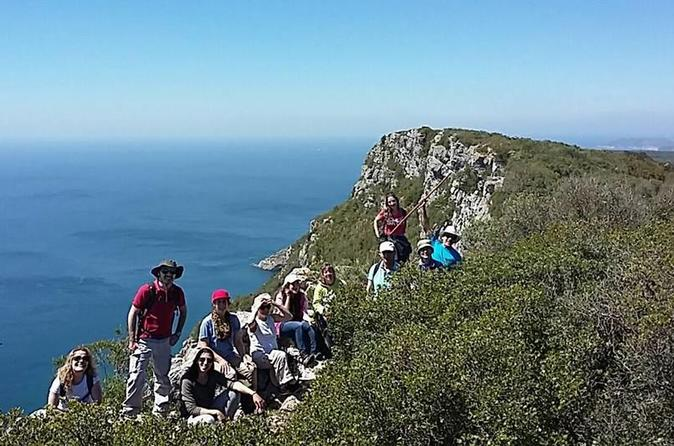 Hiking Tour To The Highest Limestone Cliff Of Continental Europe - Setúbal