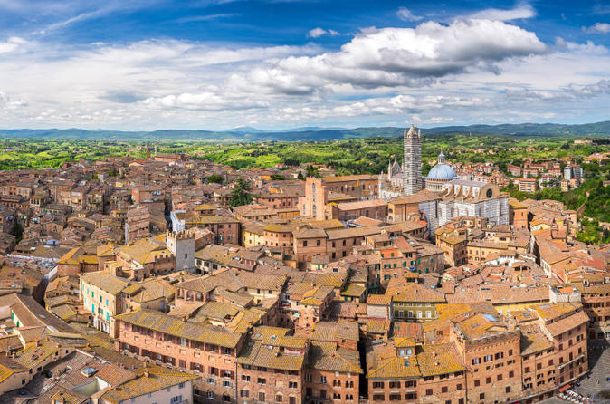 Siena and san gimignano small group tour by minivan from lucca in lucca 189775