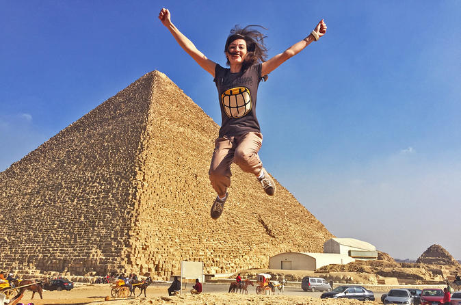 Giza Pyramids and Cairo Full Day Private guided tour Including Lunch