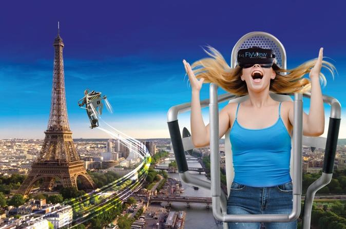 Spectacular Flight over Paris in Virtual Reality