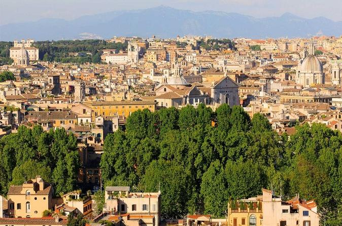 Private Airport Pick-up plus Rome Sightseeing and transfer to Civitavecchia port