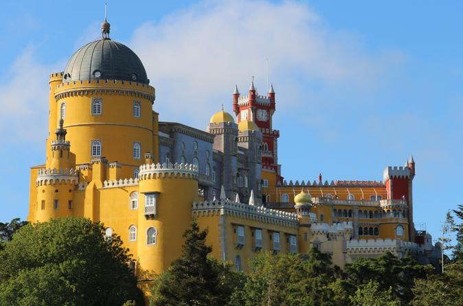 Discovering Sintra, Roca Cape and Cascais 9H - Private Luxury Sedan or Minivan