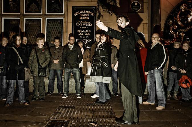 Excursão a pé sobre fantasmas em Liverpool