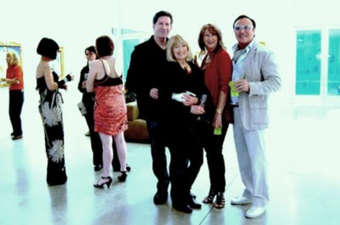 Private Art Gallery Tour with Luxury Shopping Excursion from Palm Springs