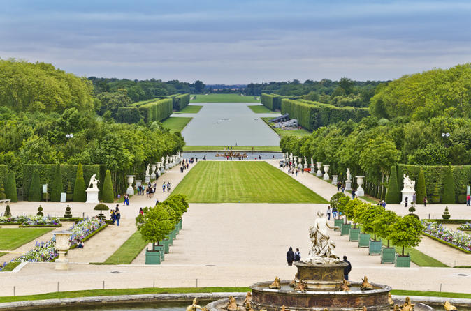 Versailles Gardens Walking Tour from Paris