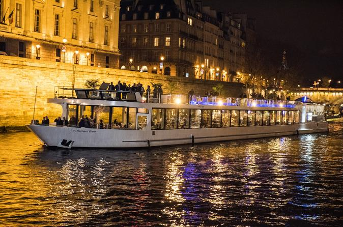 Cruise And Food With 12 Small Plates - Paris