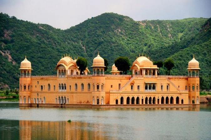 Jaipur Day Tour by Tuk Tuk Safari