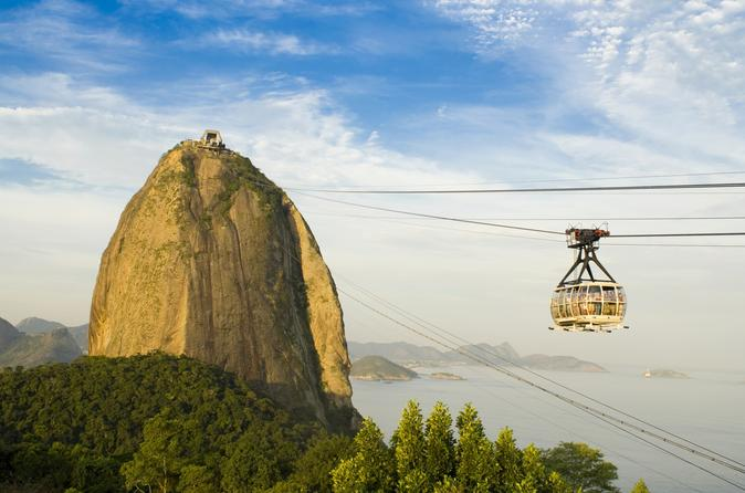 Viator Exclusive: Early Access to Sugar Loaf in Rio de Janeiro