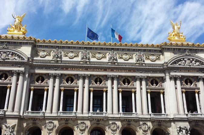 1st Day in Paris Discovery Private Tour: 'How-to' Orientation & Sightseeing Fun!
