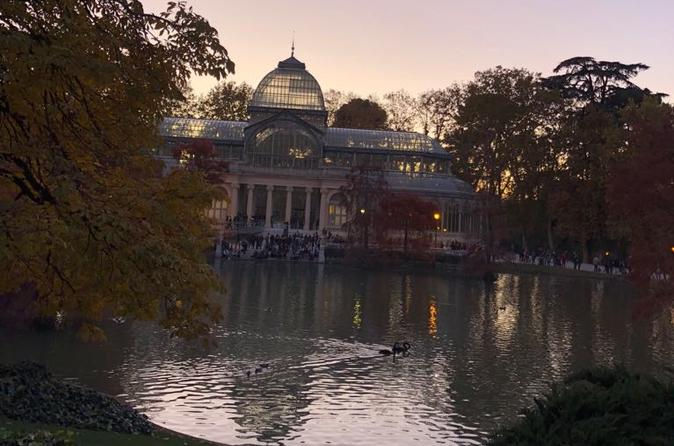 Retiro Park bike tour- Get transported to the XVI century