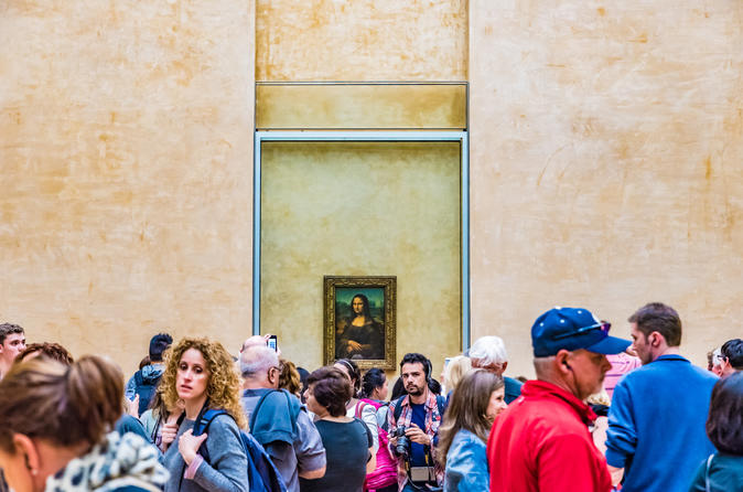 Skip the Line: Louvre Museum with Guidance to the Mona Lisa
