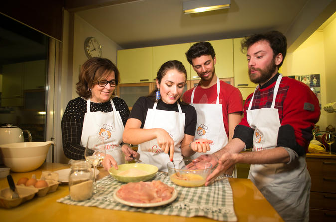Private Cooking Class At A Cesarina's Home With Tasting In Venice