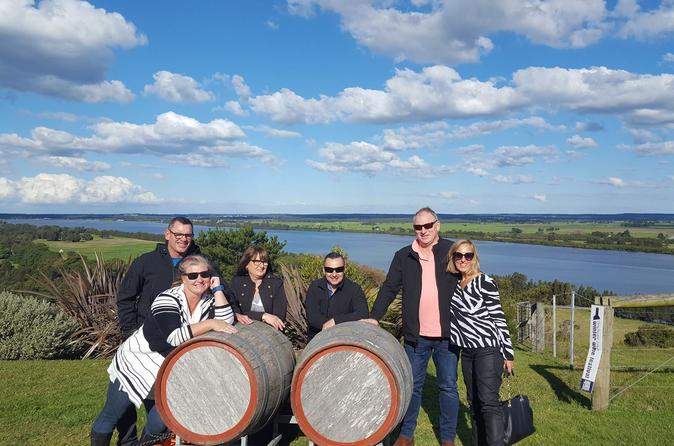 Shire Shuttle Bus's Shoalhaven Coast Wine Tour - Sydney