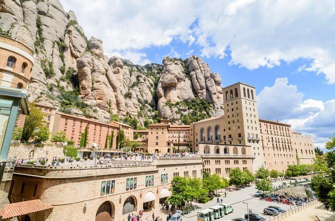 Hike Tour Montserrat