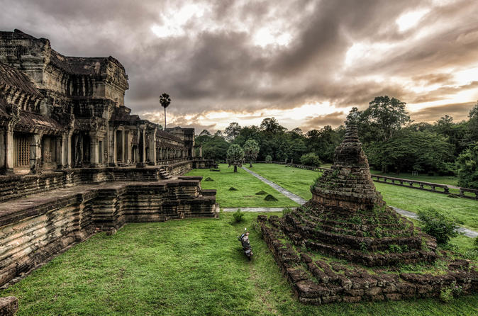 Angkor Wat 2 Full Days (Small Tour,Grand Tour, Banteay Srey And One Day Sunrise) - Siem Reap
