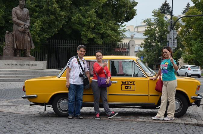 Private tour warsaw city sightseeing by retro fiat in warsaw 172304