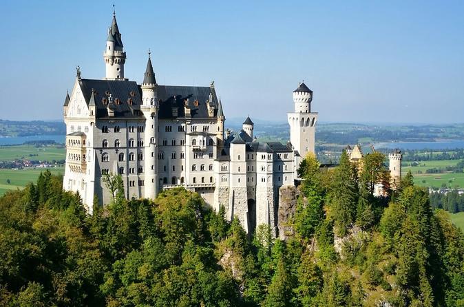 Neuschwanstein Castle BUS TOUR from Munich with Hohenschwangau or Alpine Bike excursion