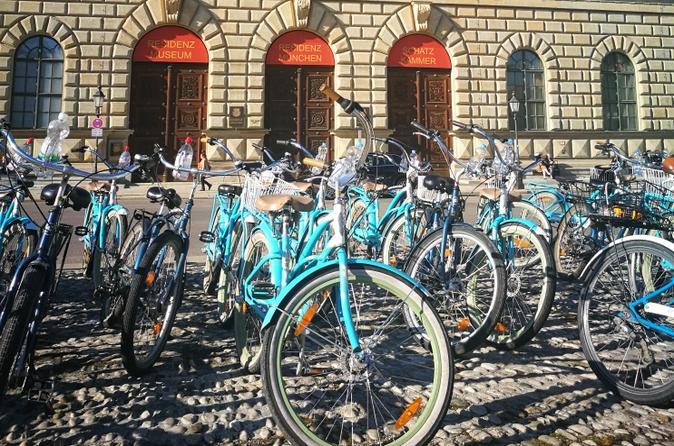 Superior 5 hour extensive Bike Tour of Munich