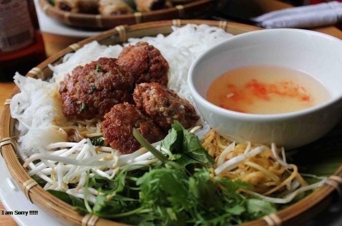 Hanoi: Private Street Food Walking Tour With A Real Foodie