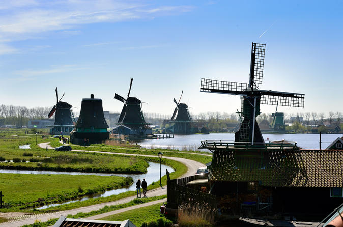 Amsterdam Half-Day Tour to Zaanse Schans: Windmills, Clog Museum and Cheese Farm