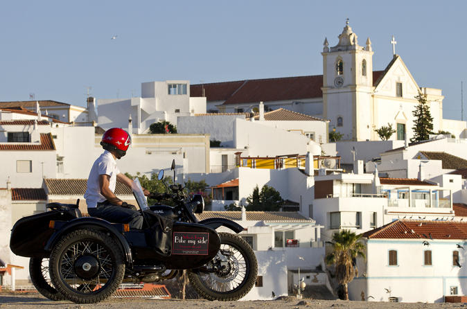 Private tour portimao alvor and ferragudo sightseeing by vintage in algarve 174136