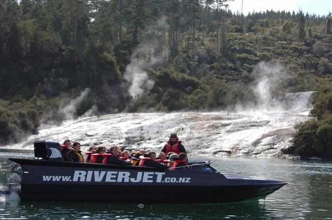 Jet boat ride on waikato river including tutukau gorge and orakei in rotorua 176607