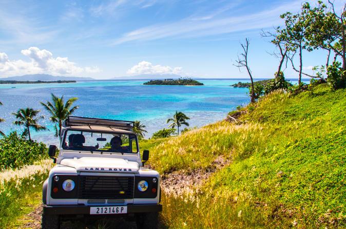 Excursão em 4X4 em Bora Bora, Almoço no Bloody Mary's e Cruzeiro com Mergulho de Snorkel com Tubarões e Arraias