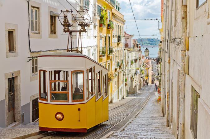 Excursão para grupos pequenos histórica de um dia em Lisboa