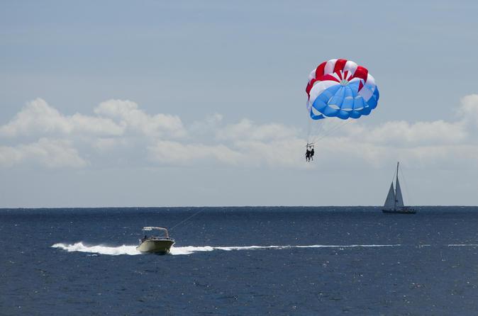 Waikiki parasailing experience in oahu in oahu 180484