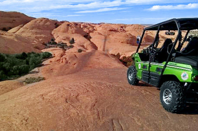 Hell s revenge 4x4 off roading tour from moab in moab 178429
