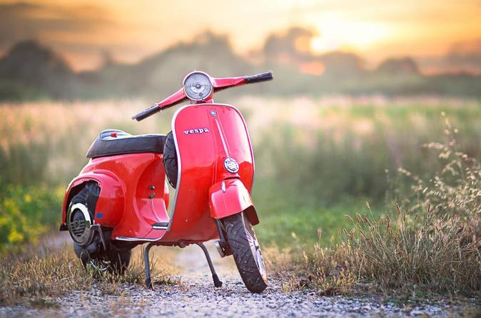 Self-Drive Vintage Vespa Tour with Wine Tasting from Florence in