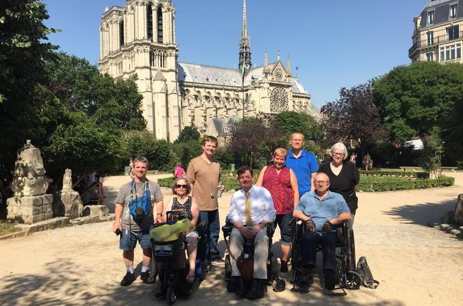 Wheelchair Accessible: Private Left Bank and Notre Dame Tour