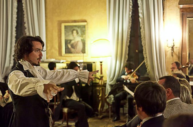 Apresentação da Ópera Ambulante Musica a Palazzo em Veneza