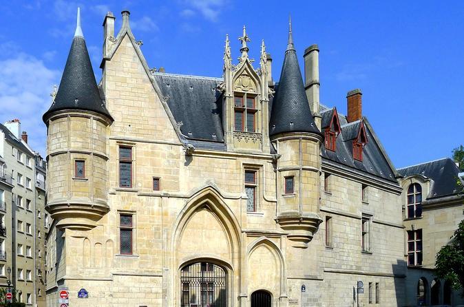 Gothic Paris - Castles & Cathedrals