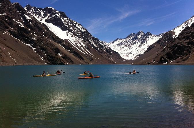 Viagem diurna de caiaque nos Andes saindo de Santiago