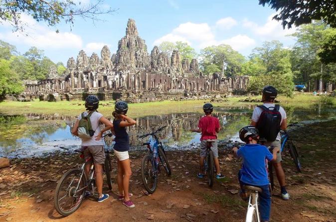Half-day Tour: Angkor Wat & Bayon - Siem Reap