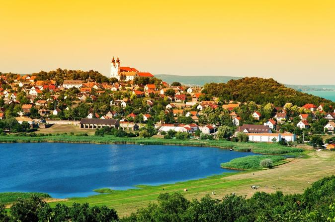 Private Day Trip from Vienna to Lake Balaton with Herend Porcelain