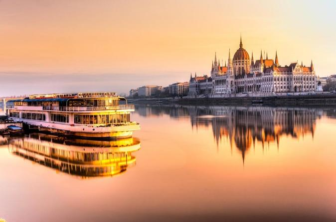 Small-Group Day Trip from Vienna to Budapest