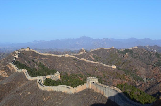 Caminhada de dia inteiro para grupos pequenos pela Grande Muralha: Oeste de Simatai até Jinshanling