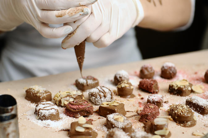 Be a CHOCOLATIER for a day