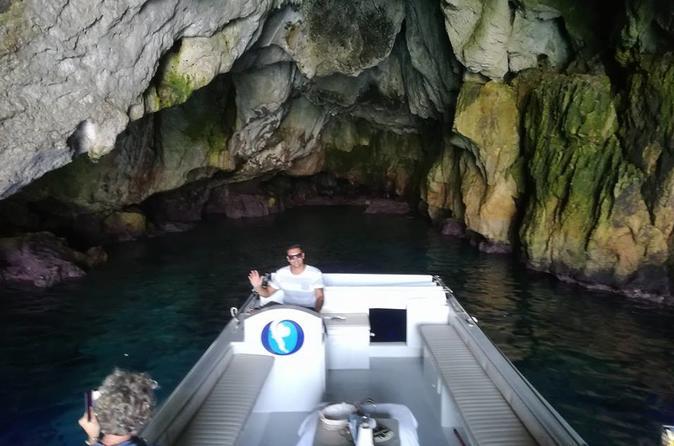 Ortigia Island escursion boat